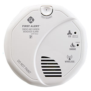 First Alert Wireless Interconnect Talking Battery Operated Smoke & Carbon Monoxide Alarm - SCO501CN-3ST